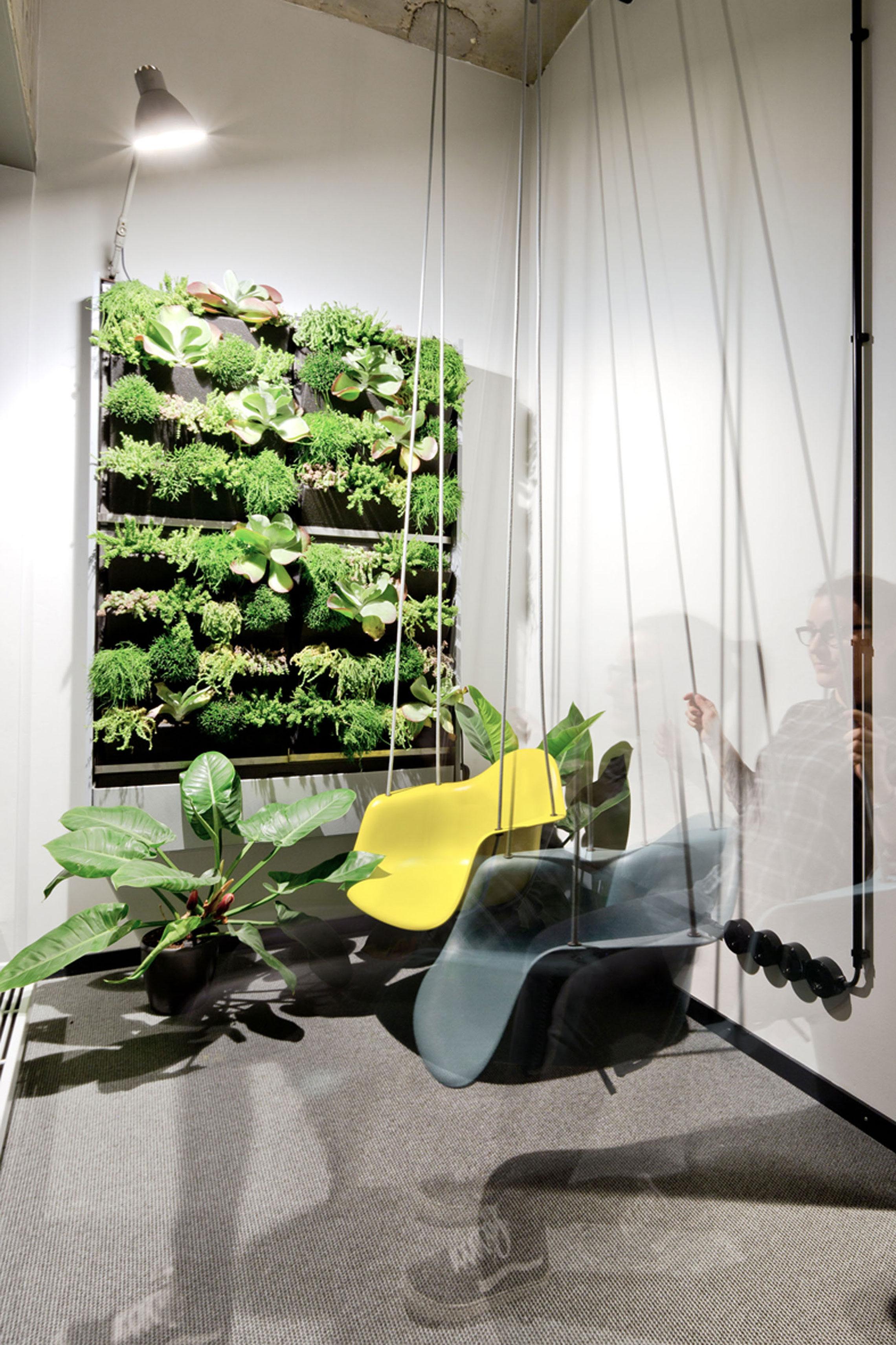 plyatelier project collins hamburg c julia maria max 1 office inspiration. Black Bedroom Furniture Sets. Home Design Ideas