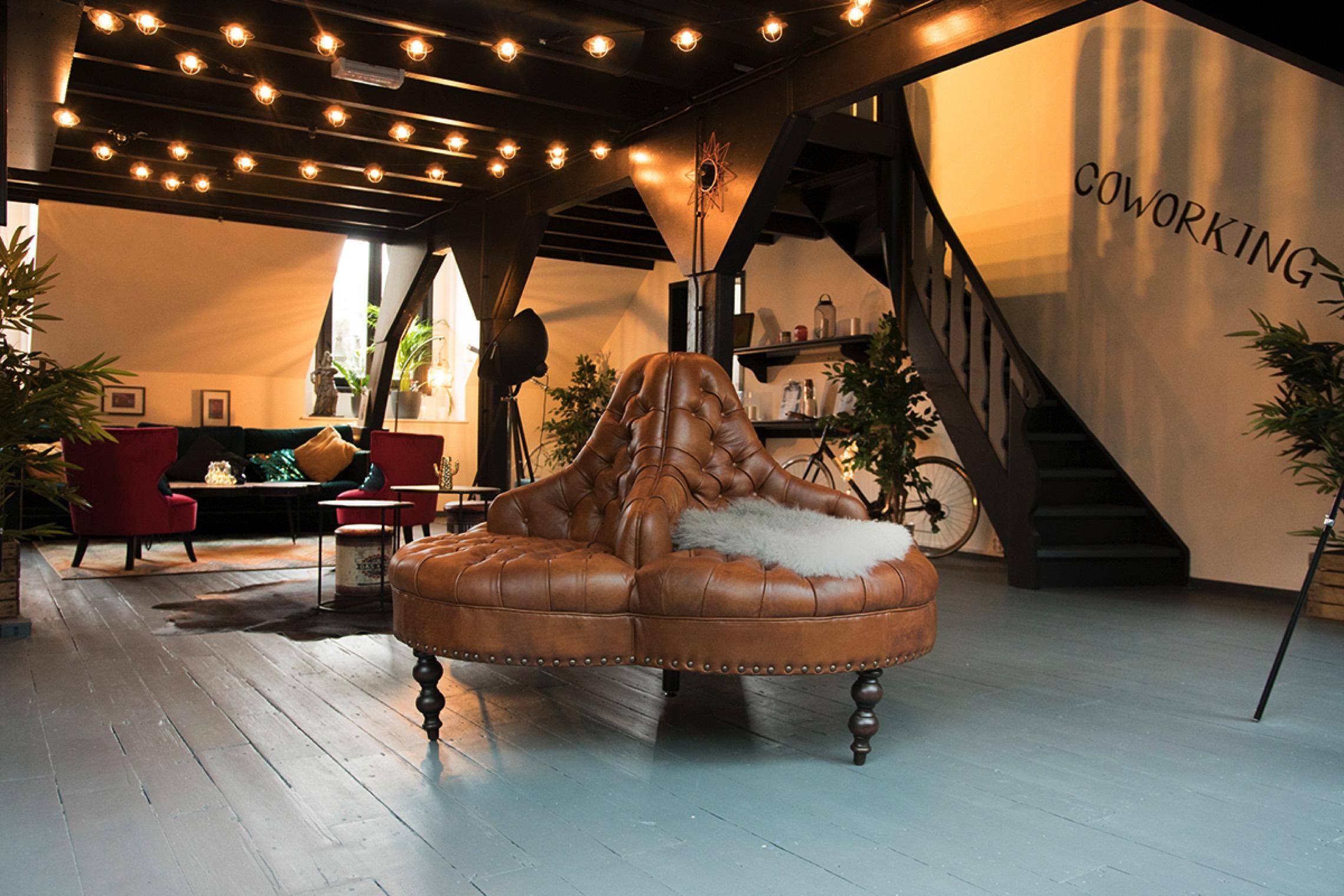 Rent24 Magna Plaza - Office Inspiration